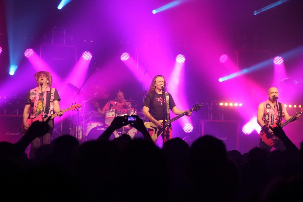 J.B.O. live - Foto: Andrea Jaeckel-Dobschat